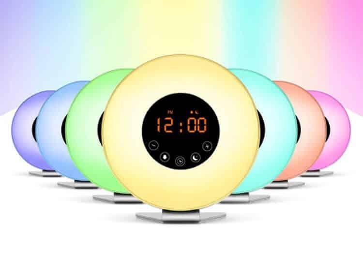 Wekkerradio Met Licht : Grundig wake up light met wekkerradio multicolor fm radio
