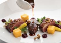 40% korting 1 of 2 nachten Veluwe voor twee bij 4* Hotel met viergangendiner bij Michelinster-restaurant O Mundo €149 bij Groupon