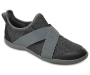 60% Women's Swiftwater Cross-Strap Static voor €24 bij Crocs