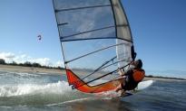 61% Korting 3 uur cursus windsurfen Zeilschool Aalsmeer voor 19,99 p.p bij Groupon
