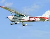 Tot 61% Korting Zelf vliegen met een Cessna @ vliegschool Special Air Services voor €49,99 bij Groupon