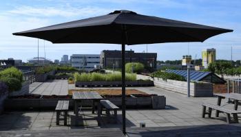 62% Korting Luxe parasol van 3 meter voor €37,99 bij Actievandedag