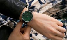 64% Korting Leren Emily Westwood designer Dameshorloge voor €39,95 bij Groupon