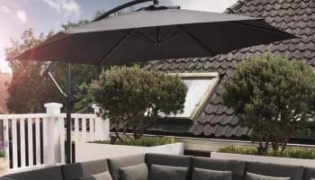73% Korting Luxe XXL Zweefparasol van 3 meter met Parasolvoet & Verstelbaar Frame voor €79,99 bij Koopjedeal