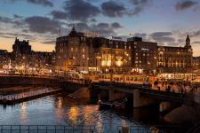 35% Korting Superior of Executive Tweepersoonskamer @ Park Plaza Victoria Amsterdam voor €89 bij Groupon